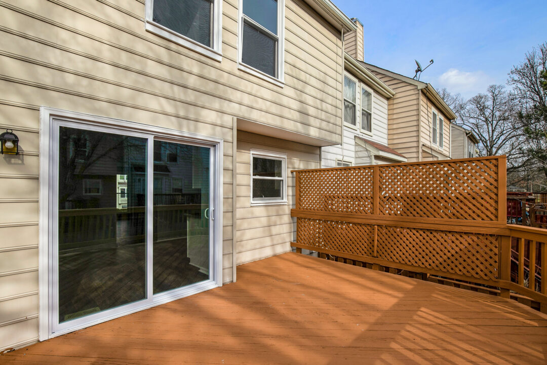 Deck/ Backyard